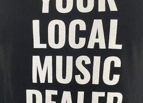 Camiseta del Underfest de Vigo para apoyar a las salas de conciertos locales