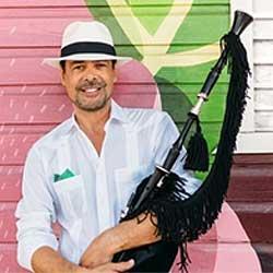 Hevia vuelve, con single de merengue y nuevo disco: Al Son del Indianu