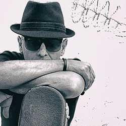 Javier Sólo estrena disco, Un Buzo en el Espacio