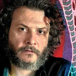 Jose Domingo lanza disco, Mientras dios no mira