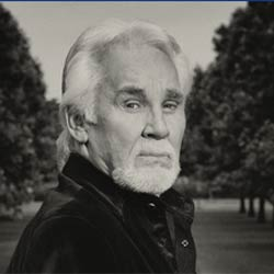 Kenny Rogers, mito country, muere de causas naturales a los 81 años