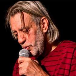 Luis Pastor, maestro cantautor, Premio Julián Besteiro de las Artes y las Letras