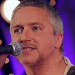 Martín Buscaglia, de Uruguay, estrena Me Enamoré, con el sello Lovemonk