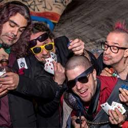 Ratpenat estrenan Barcelona Ha Mort, con Morfi Grei cantando en catalán