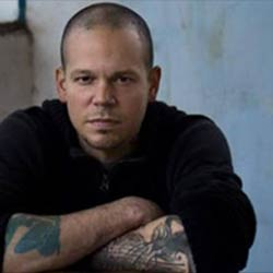 Residente revienta Youtube con René, vídeo canción sobre su vida