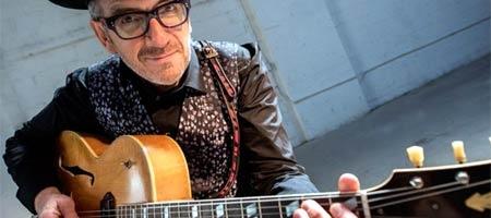 Elvis Costello cancela conciertos de la gira tras ser operado de un cáncer